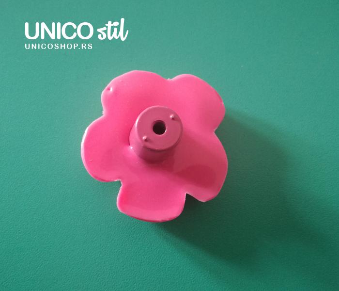 Ručica roze cvet